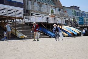 新潟市の関屋浜海水浴場でTeam ECO Work!を開催
